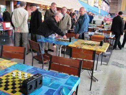 У Луцьку розпочався спортивний фестиваль для людей похилого віку (фото)