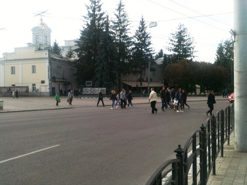 У Луцьку в центрі міста не працюють світлофори фото 1