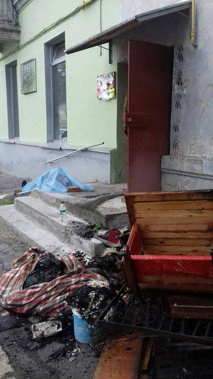 У Луцьку у власній квартирі чоловік згорів живцем.