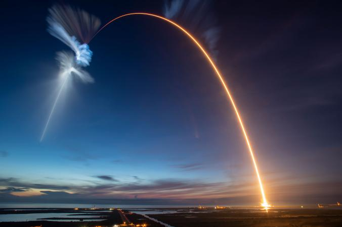 National Geographic - Запуск ракети SpaceX Falcon 9