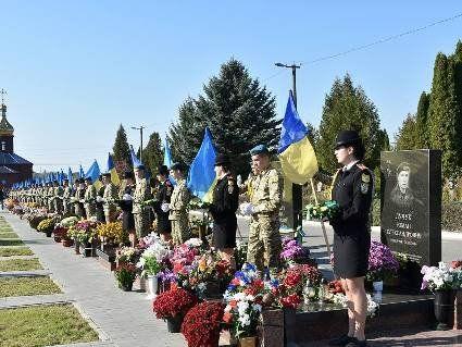У Луцьку вшанували загиблих захисників