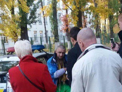 У Києві педофіл озброївся молотком і мотузками і вийшов на полювання