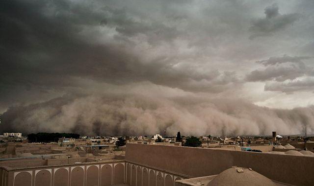 На Туреччину насувається пилова хмара фото 2