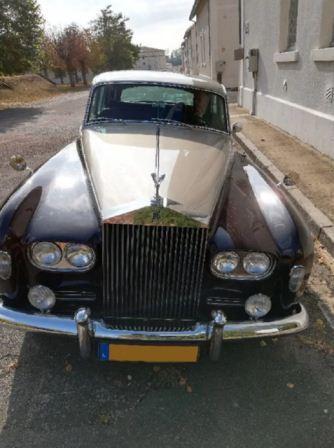 Авто українського афериста у Франції