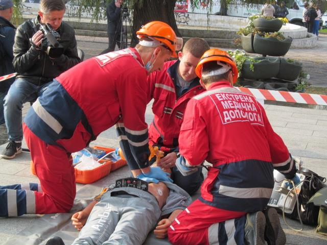 У Луцьку відбулися змагання бригад екстреної медичної допомоги фото 4