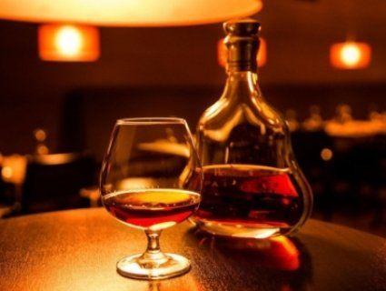 В Україні з прилавків зникнуть шампанське і коньяк