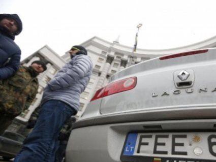 Використання нерозмитнених авто на «євробляхах» - законне