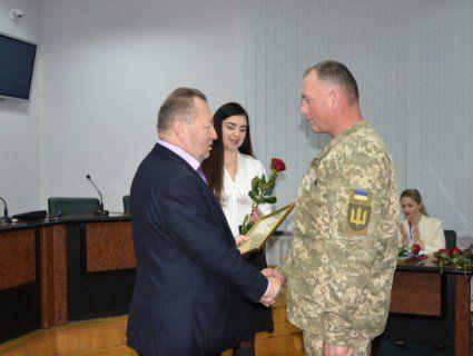 Луцькі військовослужбовці отримали нагороди від міськради