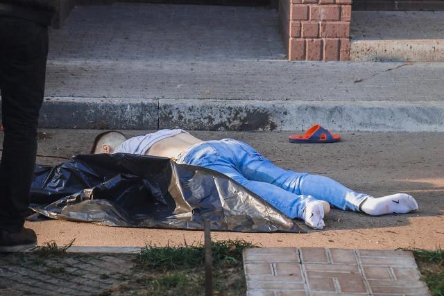 Самогубство у Києві на Харківському шосе 182 фото 1