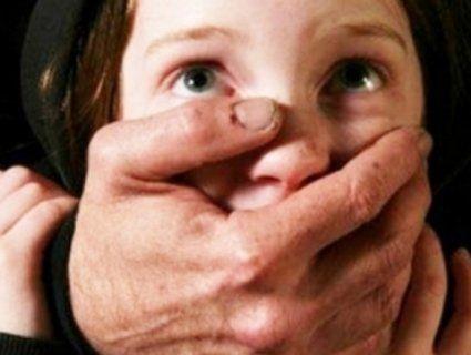 На Миколаївщині посеред білого дня у ліфті зґвалтували 12-літню дитину