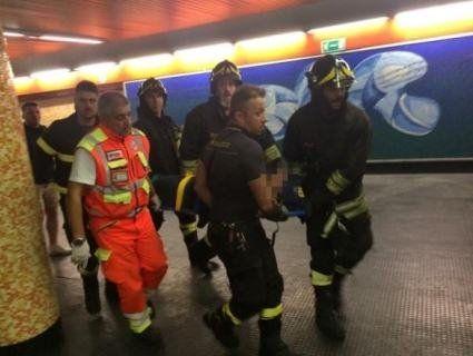 Розповіли про стан українців, яких «пожувало» ескалатором у римському метро