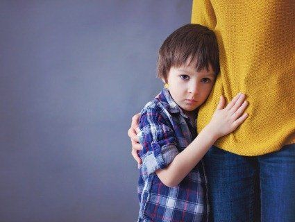 Хлопчика, з якого насміхалися вчителі, мама не може захистити, бо в директора є «криша»