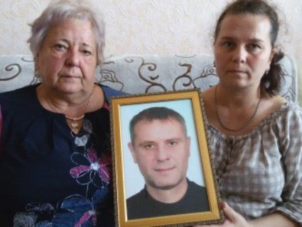 Мати героя-айдарівця досі не знає, чи свою дитину вона похоронила