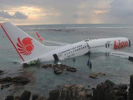 В Індонезії розбився Boeing 737, загинуло 189 пасажирів