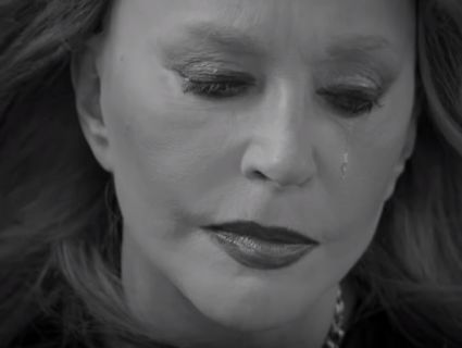 Пугачова в образі рокерші пустила сльозу в новому кліпі друга (відео)