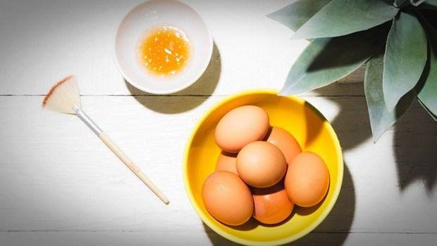 Яєчна маска проти випадіння волосся