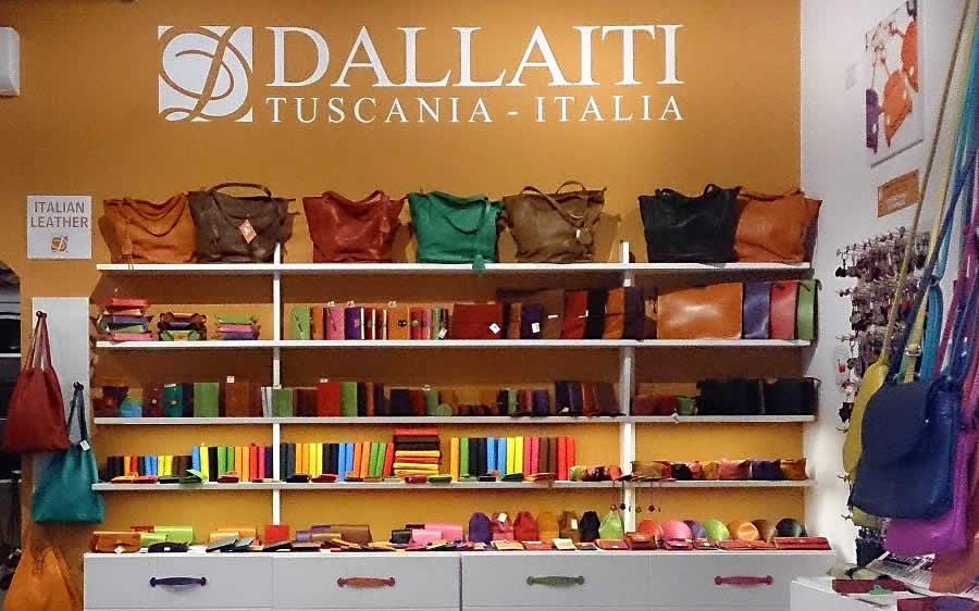 Шкіра та шкіргалантерея в Італії