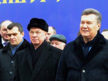 Янукович, Азаров, Захарченко: як живуть і чим займаються зрадники після втечі з України (відео)