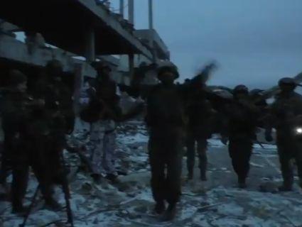 Сепари влаштували танці на руїнах ДАПу: це «Яблучко» ще вилізе їм боком! Відео