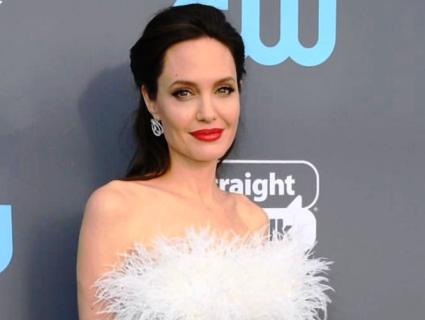 Повне фіаско: Анджеліна Джолі повертається у кіно (відео)