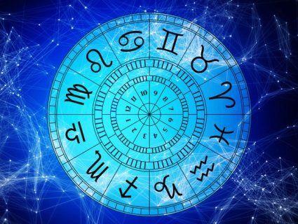 Ексклюзивний гороскоп на сьогодні: Рибам варто менше говорити, а Терезам – впустити в серце щастя