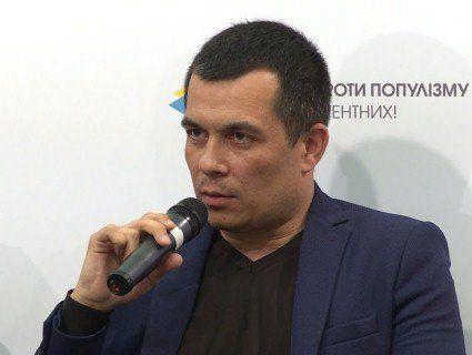 Росія продовжує терор: заарештували кримського адвоката за пост п'ятирічної давнини
