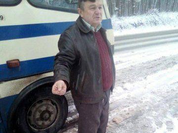 Нахабство по-волинськи: водій автобуса забрав паспорт у дитини-пільговика
