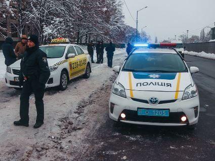 У Києві підполковник СБУ  зі зброєю  викрав таксі
