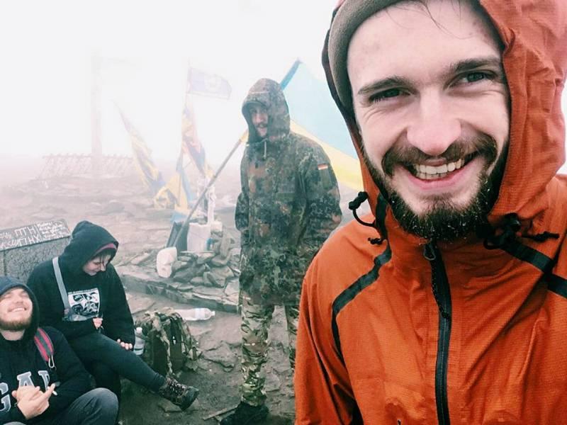 Боєць батальйону «Азов» львів'янин Ігор Галушка фото 4