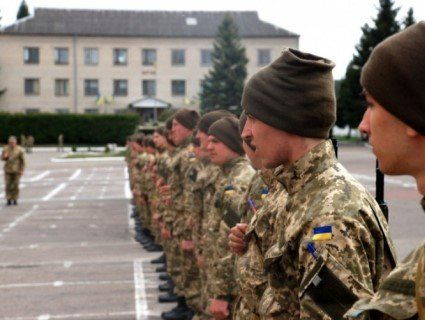 Військкоматів в Україні скоро не стане: позбуваємося «радянських рудиментів»
