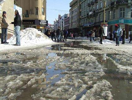 Повідомили, коли в Україні потеплішає