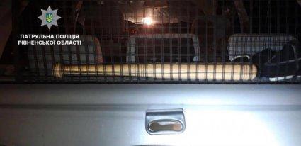 Банда з битами напала на АЗС на Рівненщині фото 1