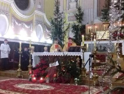 У луцькому костелі відбулася урочиста літургія з нагоди Різдва Христового (ФОТО)
