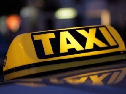 Таксі у Луцьку на новорічні свята здорожчають майже вдвічі.