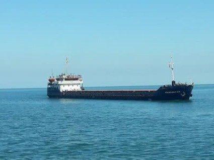 Біля Туреччини через аварію судна загинули українські моряки: три тіла вже знайшли