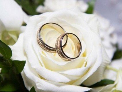 Сімейні пари в Україні зможуть повторно одружуватися (відео)