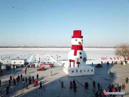 китай сніговик 2019
