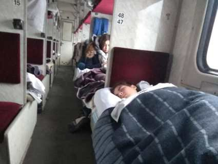 «Укрзалізниця» випробовує пасажирів на морозостійкість: люди померзли в поїзді Харків – Ковель