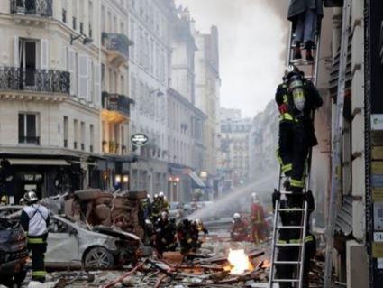 У Парижі в пекарні вибухнув газ: кілька десятків постраждалих (відео)