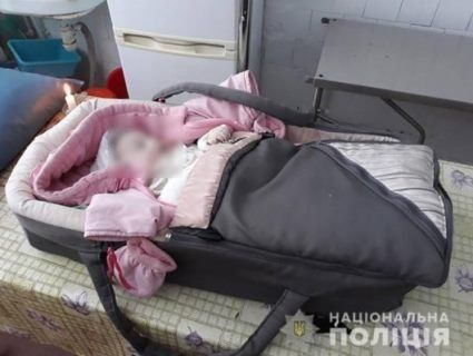 На Прикарпатті чоловік вбив п'ятимісячне маля, бо воно голосно плакало