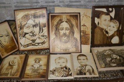 Як українець створює дерев'яні портрети принтером