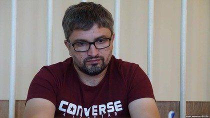 Кримський суд залишив під арештом обвинуваченого в «пропаганді тероризму» блогера