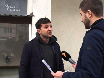 Зеленського супроводжує авто фірми Коломойського