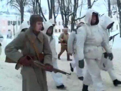 «Щоб ідіотизм не атрофувався, його треба тренувати»: у Росії в психлікарні влаштували «парад полонених німців» (відео)