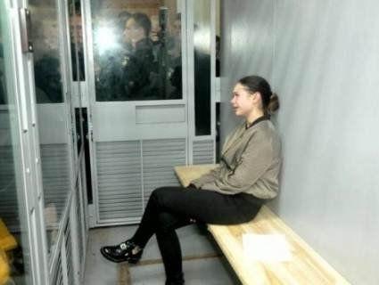 Нарколог Федірко, яка «раптом знайшлася», вигороджує Зайцеву у суді