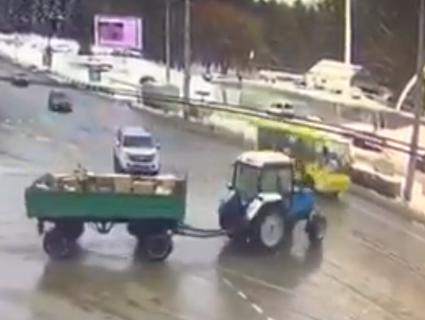 «Шукає, кого б угробити»: Мережу шокувало відео із вінницьким маршрутником-шумахером