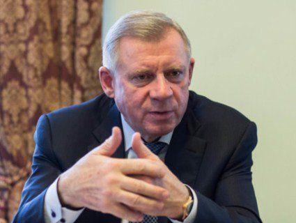 Глава НБУ не носить банківські картки