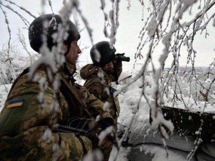 Бойовики обстріляли авто українських військових