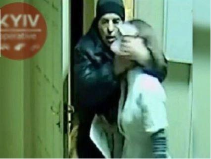 «Від смерті врятувала покупниця» : у поліції розкрили деталі зґвалтування аптекарки у Харкові