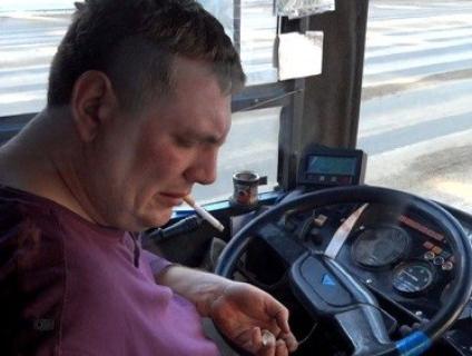 Маршрутники звіріють: на Тернопільщині водій випхав двох сиріт на мороз, бо пільги скасували